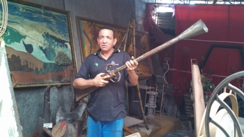 Caxamba and his musket :)